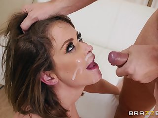 Nerdy guy pounds and gives a cumshot to Emily Addison
